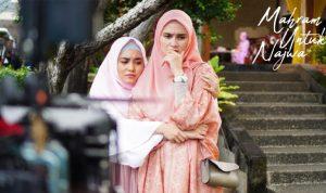 zhe zhe shahab dalam syuting mini seri mahram untuk najwa (foto dok. sinema persada indonesia)