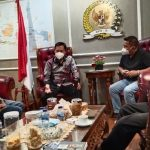 Ketua-Umum-FKMB-Indra-Jaya-berserta-jajarannya-bertemu-denganWakil-Ketua-DPD-RI-Sultan-B-Najamudin