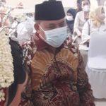 wakil-walikota-bekasi-dr.-tri-adhiyanto-menjadi-saksi-pernikahan
